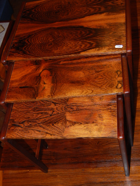 Satsbord jakaranda ~ Möbeldepån
