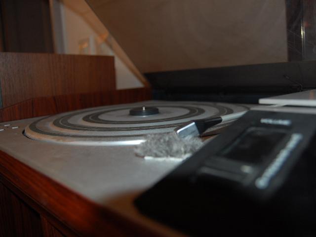 stereo bang o olufsen m beldep n. Black Bedroom Furniture Sets. Home Design Ideas